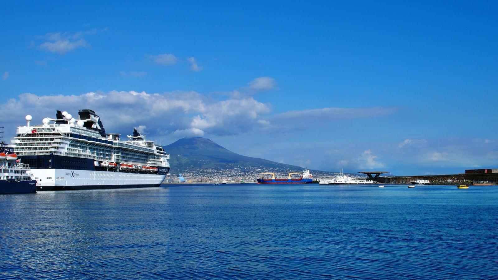 1441 порт Неаполя