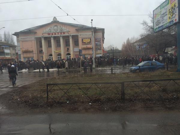 Получение гуманитарки, домбас паражняк не гонит, кормит всю Украину